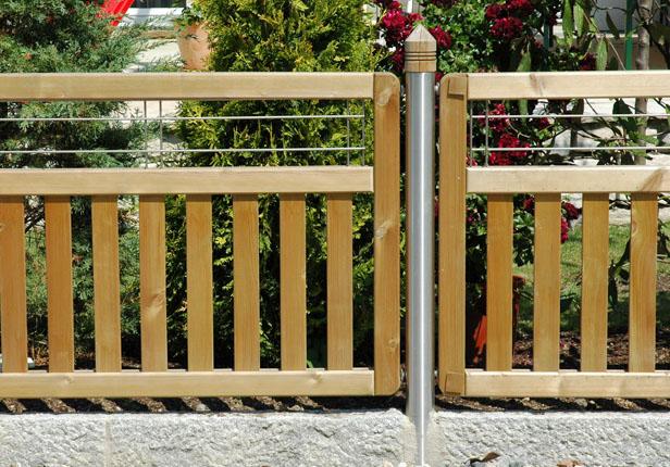 Individuelle Zäune vom Gartengestalter gestalten lassen