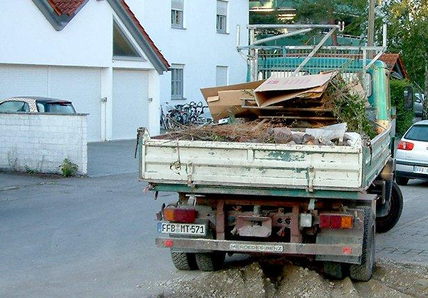 Lieferung für Gartengestaltung in München