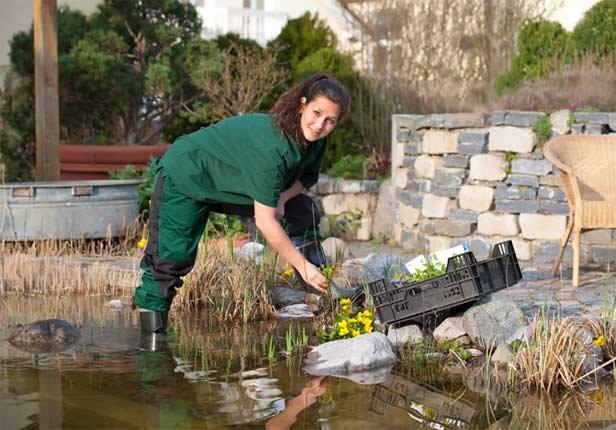 Umsetzung Gartenteich anlegen in München von GartenundSo